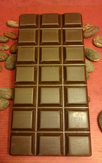 Himbeer-Minze Schokoladentafel aus Zartbitterschokolade