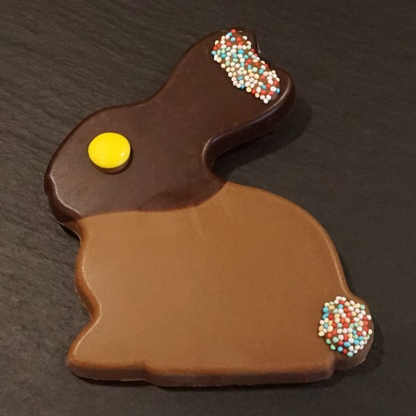 Schokoladen Hase mit Nonpareille aus Edelvollmilch/Zartbitter Schokolade