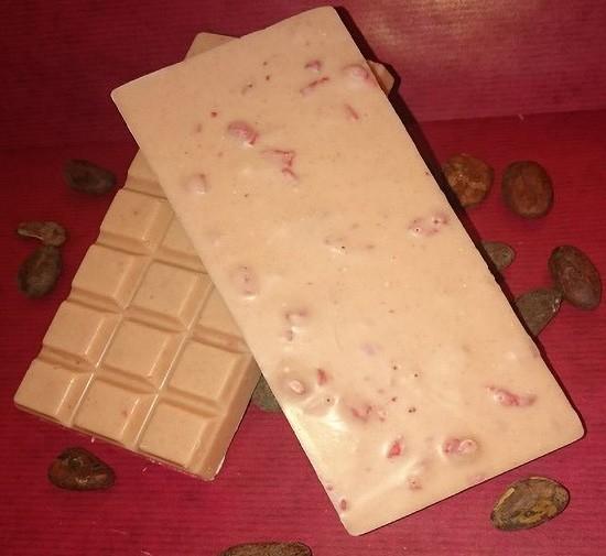 Erdbeere Schokoladentafel aus weisser Schokolade