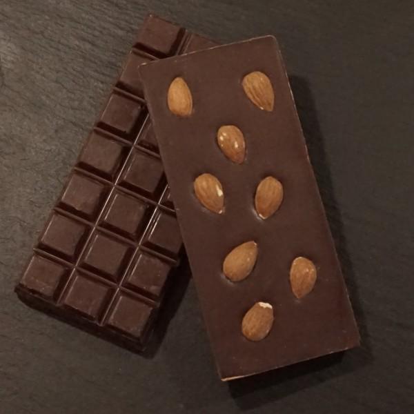Ganze Mandeln Tafel aus Zartbitter Schokolade