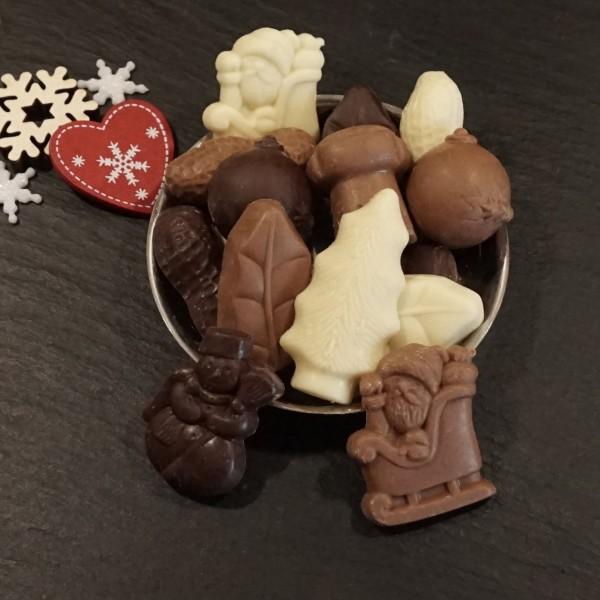 Weihnachtliche Schokoladenfiguren gemischt