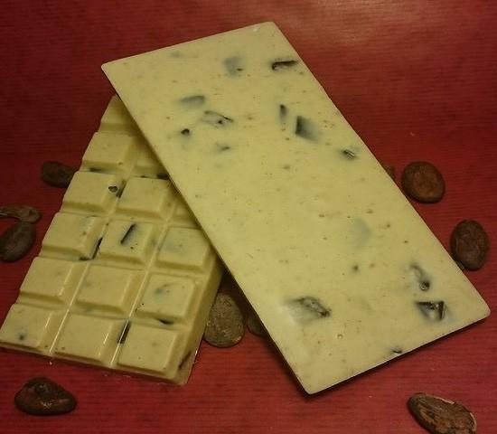 Lakritz Schokoladentafel aus weisser Schokolade