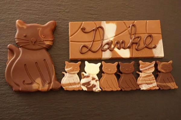 """Katzen Familie """"Danke """" mit Marmorierte Schokolade"""