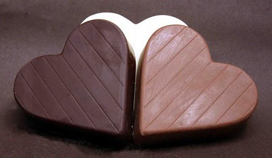 Herzchen aus drei Sorten Schokolade