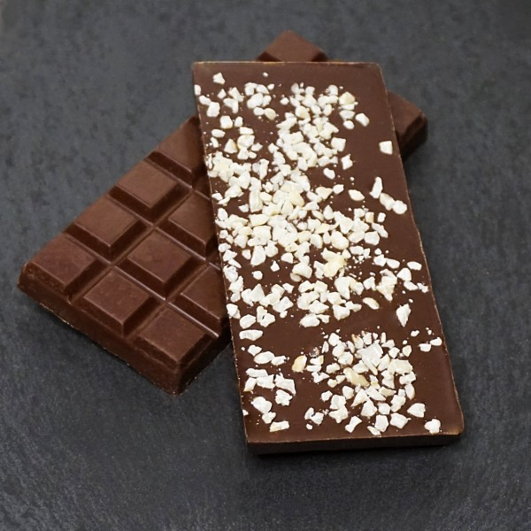 Rum-Haselnuss Tafel aus Zartbitterschokolade